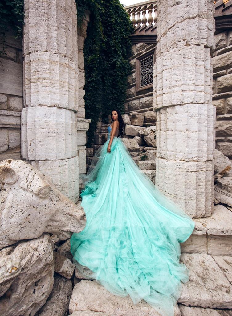 Мятное платье от Vera Agency